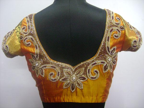 Beats-maggam-work-blouse