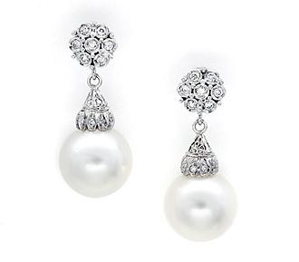 diamond-pearl-drop-earrings-white-gold-stud