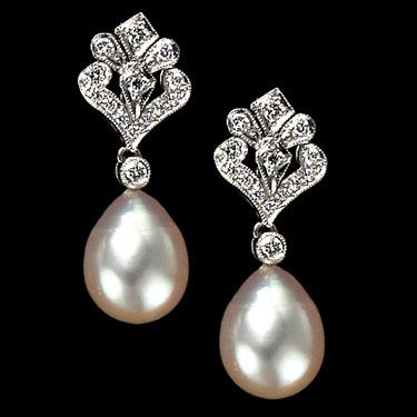 pearl-and-diamond-drop-earrings
