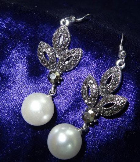 pearl-hangings
