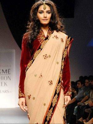 Cream Designer Saree with Full Sleeve Blouse