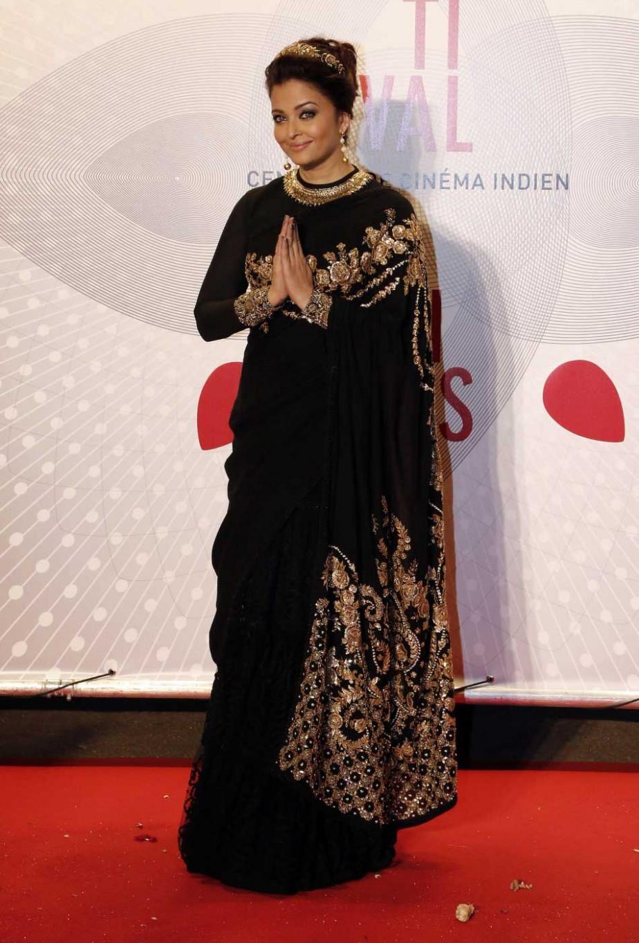 aishwarya-long-sleeve-blouse-black