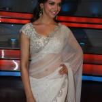 deepika-padukone-white-saree