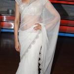 deepika-padukone-white-saree-blouse