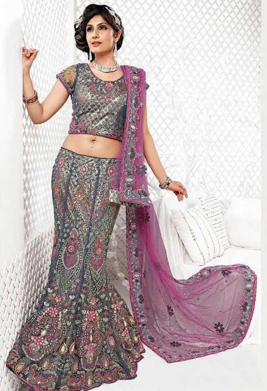 designer-netted-bridal-lehenga