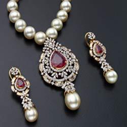 diamond-uncut-locket-sets