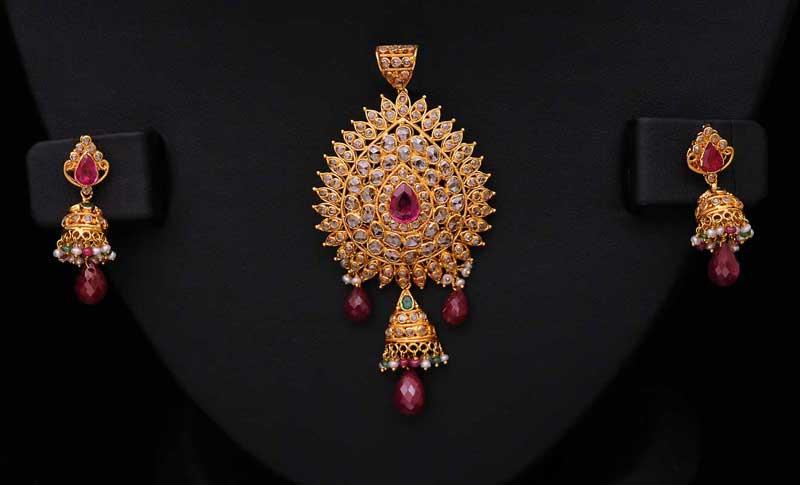 uncut-diamond-ruby-pearl-emerald-pendant