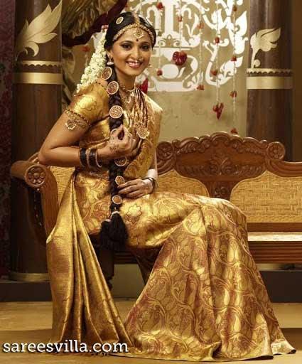 Anushka-Wedding-Saree