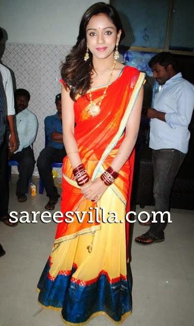 vithika Sheru in half saree