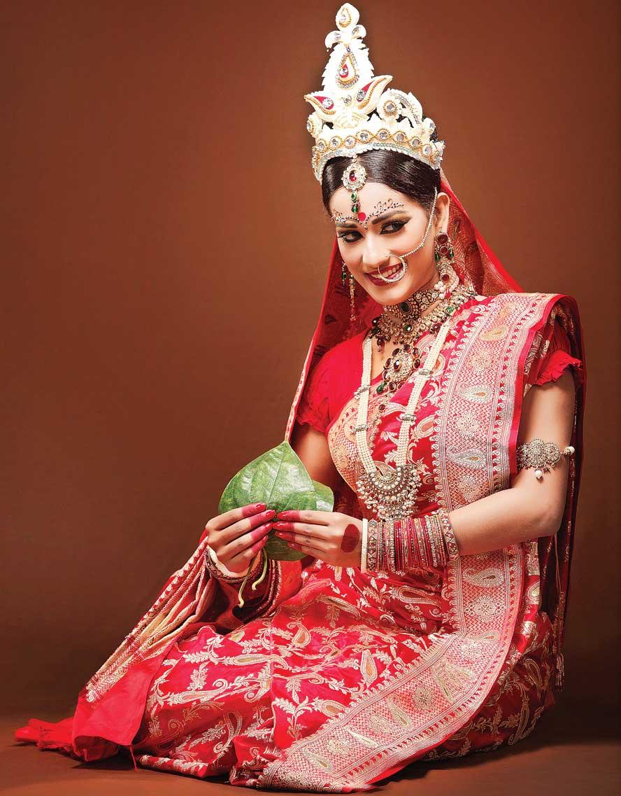 How To Choose An Indian Wedding Saree